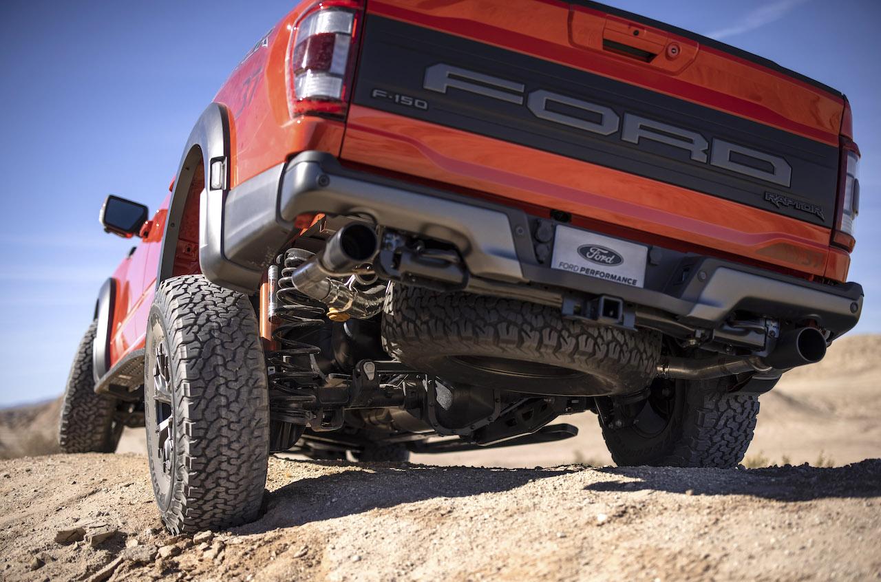 2021 Ford F-150 Raptor suspension flex
