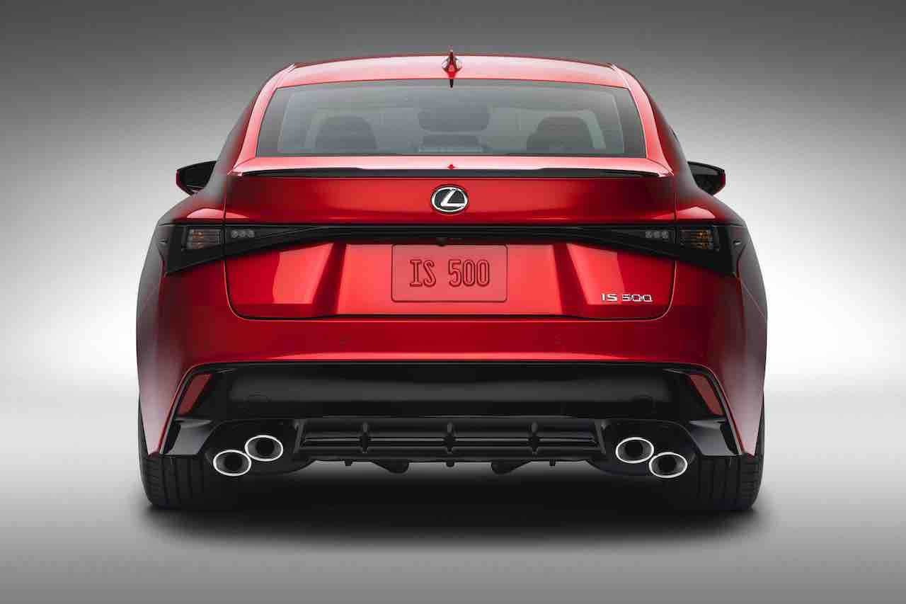 2022 Lexus IS 500 F-Sport exhaust