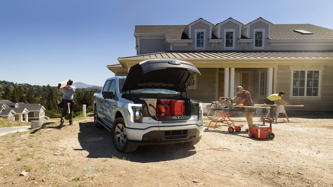 2021 Ford F-150 Lightning EV frunk front trunk