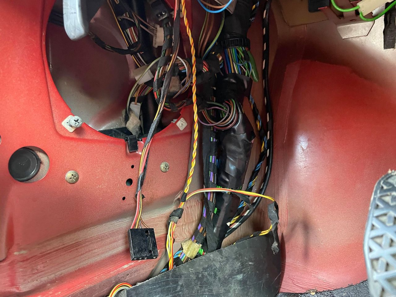 red E30 318is wiring harness