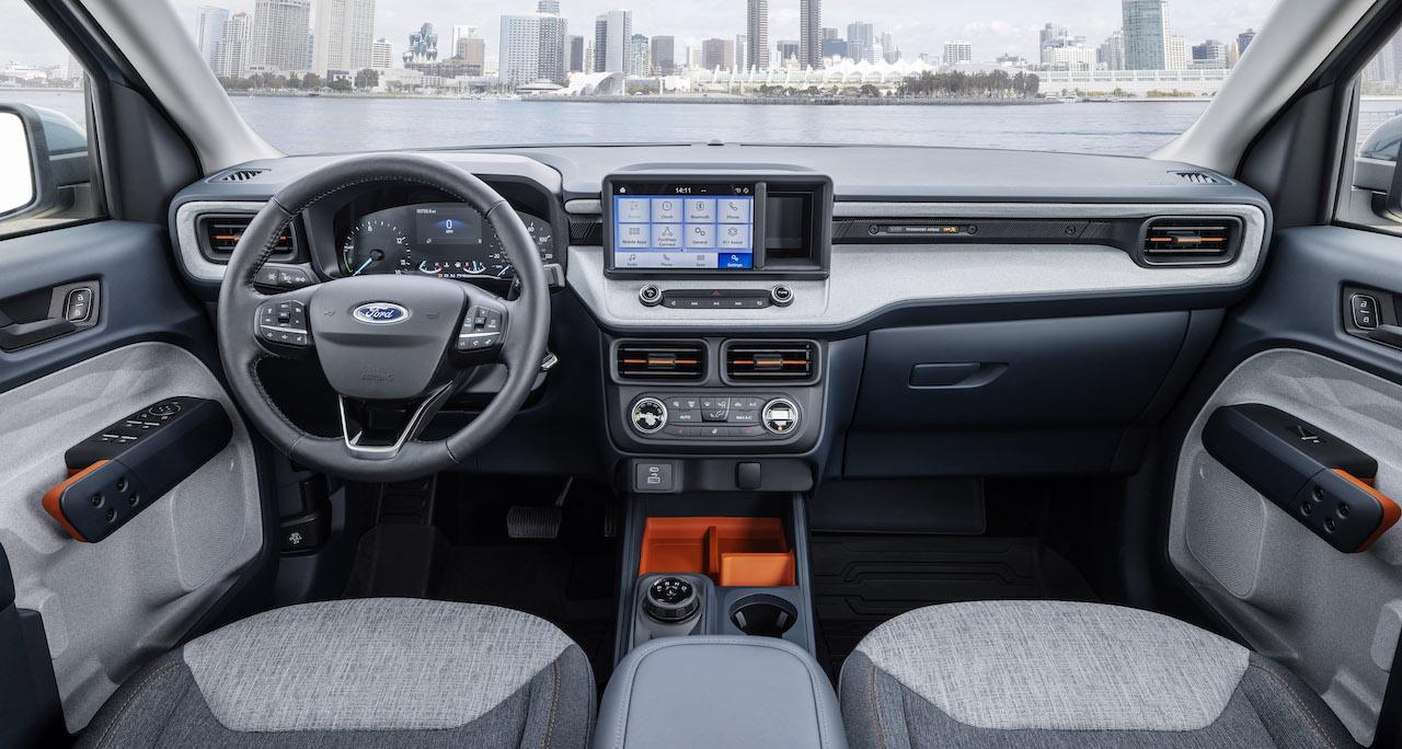 2022 Ford Maverick Hybrid XLT gray interior