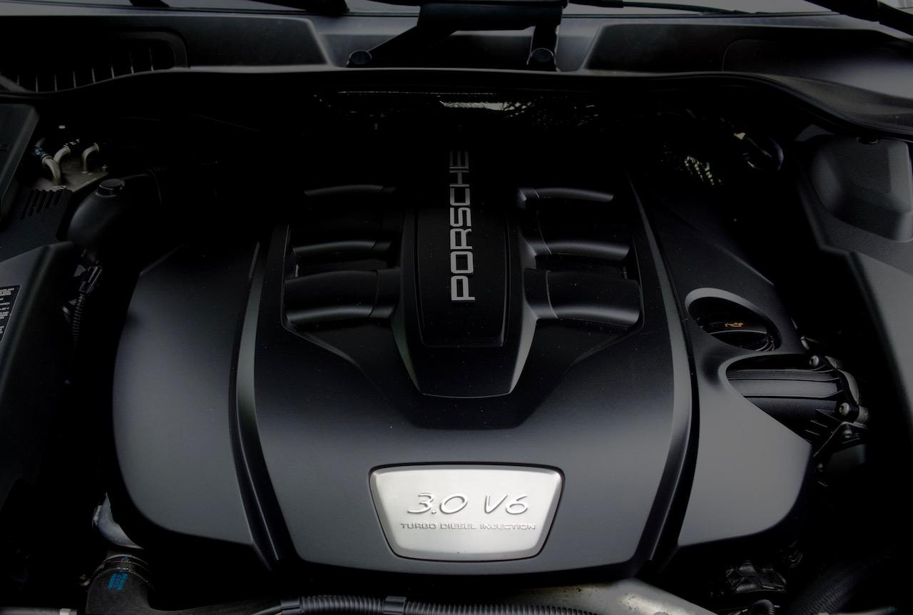 2013 Porsche Cayenne diesel engine