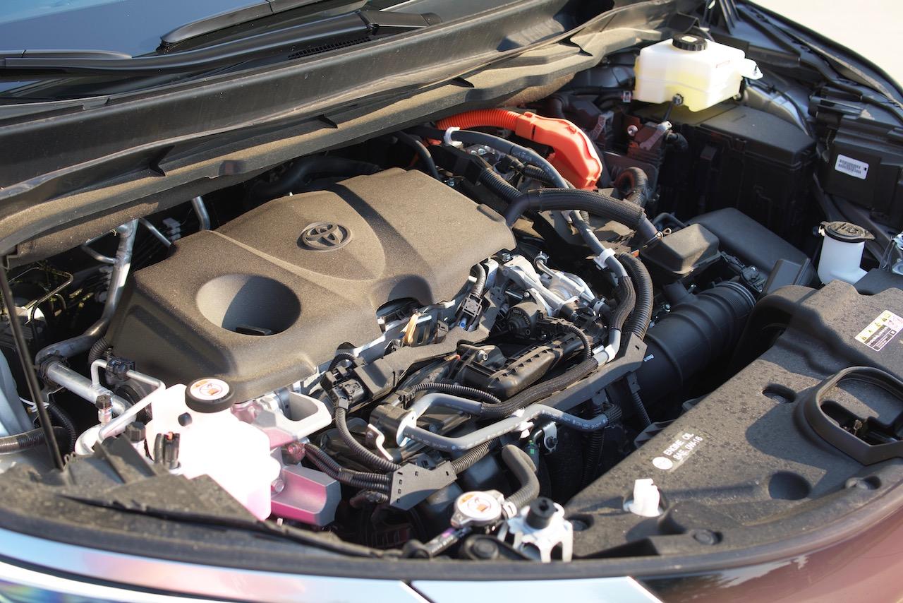 2021 Toyota Sienna Platinum engine
