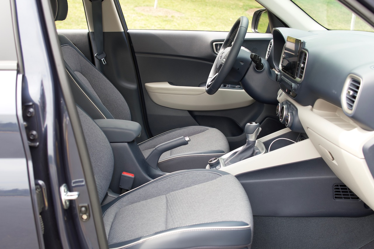 2021 Hyundai Venue Denim front seats