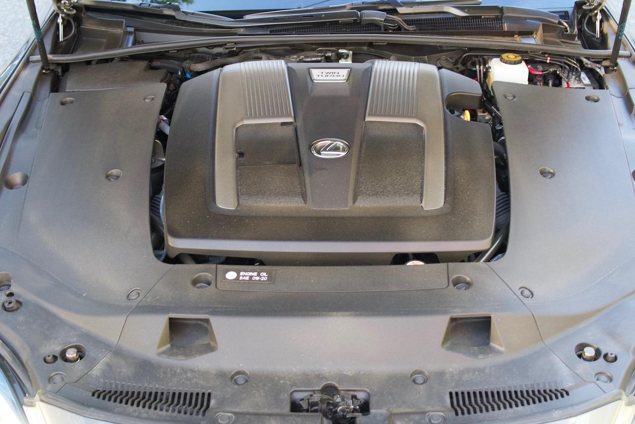 2021 Lexus LS 500 engine